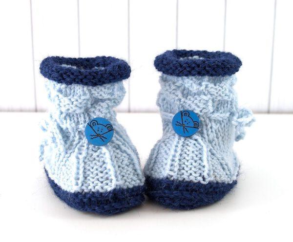 Babystiefel gestrickt hellblau-dunkelblau